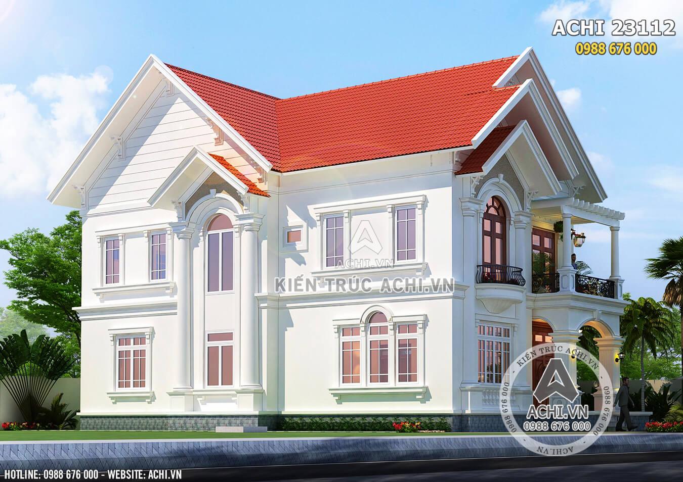 Ngôi nhà nổi bật giữa vùng nông thôn với kiến trúc Pháp sang trọng