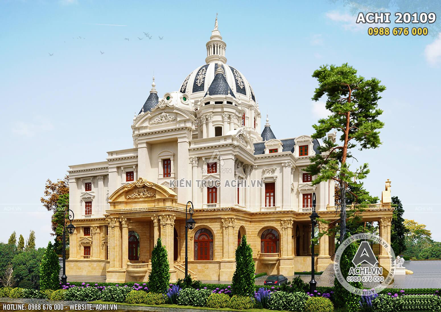 Hệ hoa văn phào chỉ cầu kỳ, tinh xảo mang lại cho không gian ngoại thất mẫu dinh thự lâu đài Pháp vẻ đẹp sang trọng, đẳng cấp